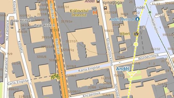 Body ohraničují úsek ulice Karla Engliše, k jehož vlastnictví se město nemá.