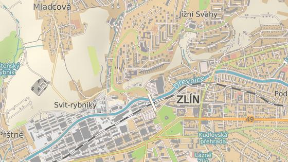 Nadjezd přivádí dopravu z centra města na největší zlínské sídliště Jižní Svahy.