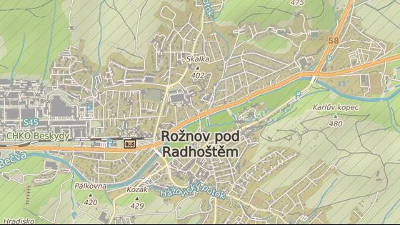 Problematická křižovatka U Janíků v centru Rožnova pod Radhoštěm.