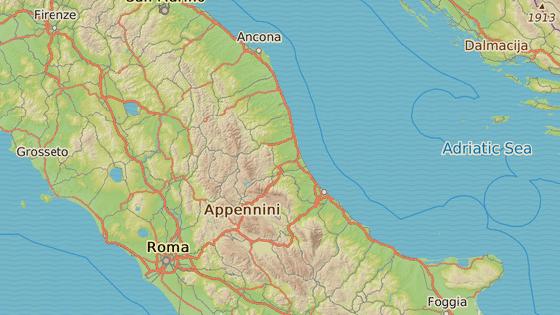 Epicentrum se nacházelo u města Montereale