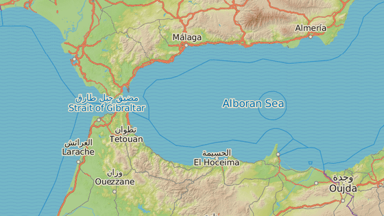 Španělské enklávy Melilla (červeně) a Ceuta (modře)
